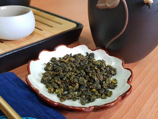 How much tea leaves to use depends on the type of tea